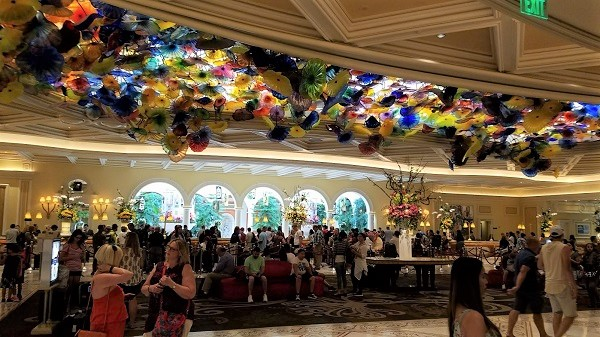 Bellagio Is One Of The Most Expensive And Well Regarded Hotels In The  Cityu2026yet The Masses Choking Its Heart Tend Make The Lobby Resemble A  Redneck State ...