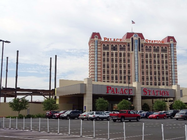 PalaceStation4