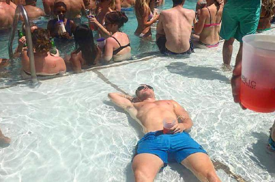 Moving To Vegas: Expectation vs.Reality