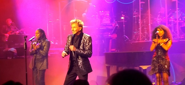 Manilow1