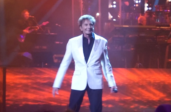 Manilow8