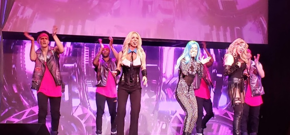 Blond Invasion – The Ultimate Pop-Diva Experience
