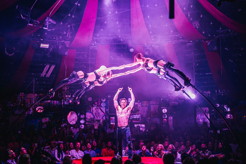 green-fairys-bottle-service_1_courtesy-spiegelworld.jpg